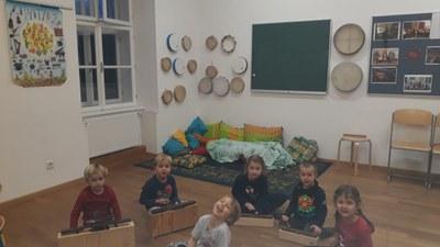 Elementare Musikpädagogik - musikalische Früherziehung - Kindermusik in     ---MELK---   Schnupperstunden am 9.9. um 14 30 Uhr