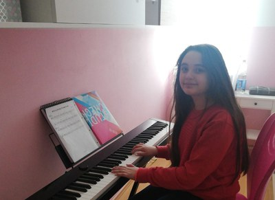HURRA!! Die Musikschule freut sich über neue Instrumente