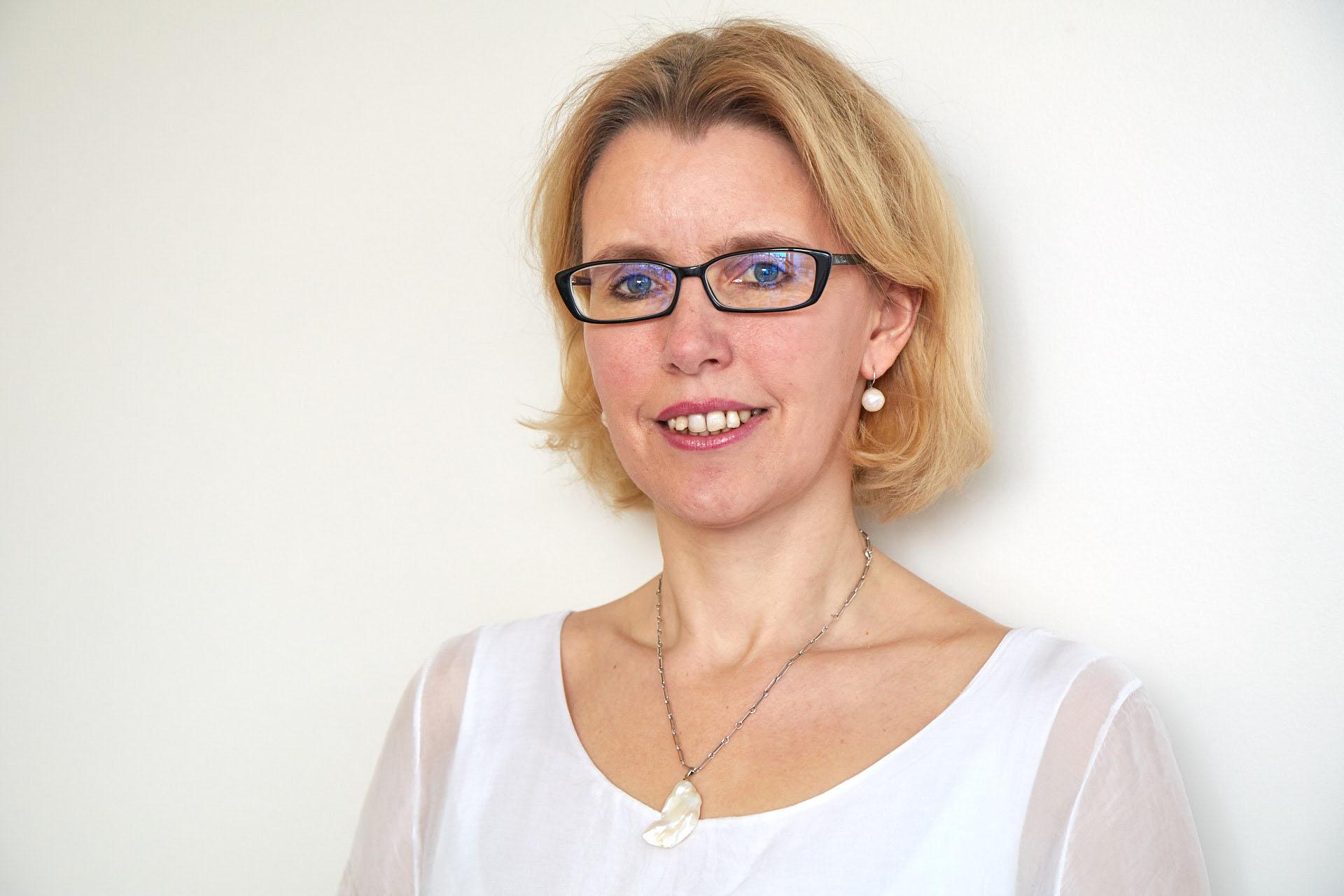 Mag. Judith Velisek